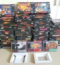 再現ゲーム小売ボックス + 白裏地 + プラスチック保護ボックス 16 ビットゲームカートリッジカード (なしゲーム)