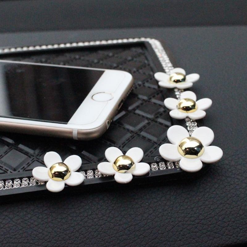 Daisy-flower-Anti-Slip-Mat-Crystal-Rhinestone-Automobile-Silicone-Non-Slip-Mat-Pad-Car-Sticky-for-GPS-Phone-Car-6