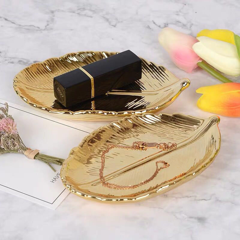 Decorative Gold Leaf Ceramic Plate Dish Porcelain Candy Trinket Dish Jewelry Fruit Serving Tray Storage Plate Crockery Tableware