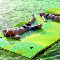 XPE Foam Swimming Pool Beach Floating Water Pad Floating Water Mat Floating Blanket Water Floating Bed Pad Water Float Mat