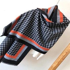Image 2 - Marca 2019 inverno cachecol houndstoo cashmere pashmina mulheres scarfs quente grosso xale hijab poncho para senhoras cachecóis foulard femme