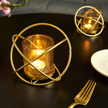 Gold Candle Holders Nordic Style Wrought Iron Geometric Candle Holders Home Decorate Metal Craft Candlesticks Wedding Decoration