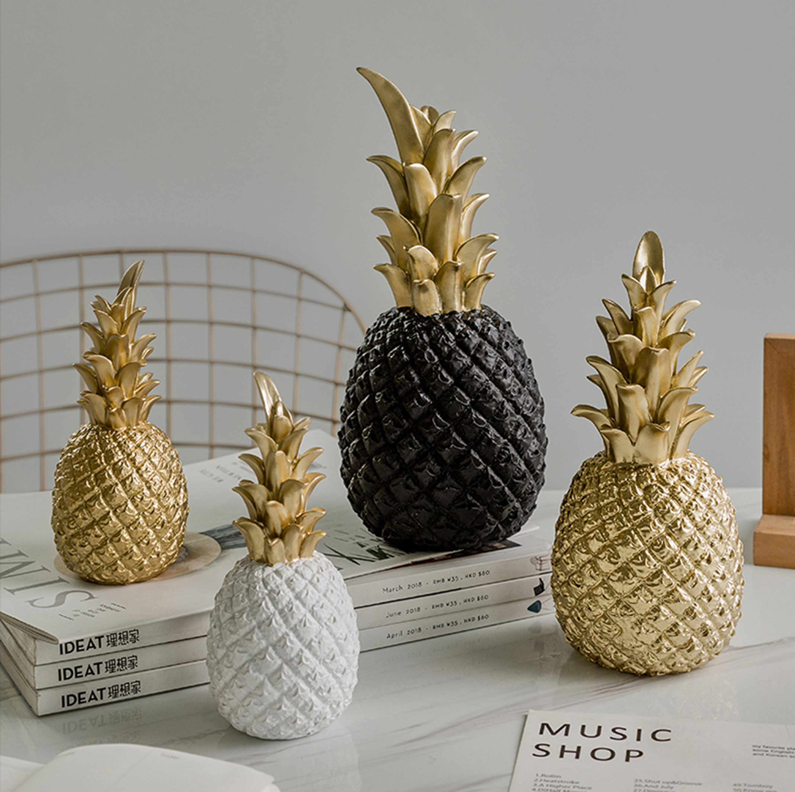 Creative Pineapple Ananas Decoration Nordic Fruit Shape Golden Pineapple Decoration Resin Black White Home Bedroom Desktop Decor