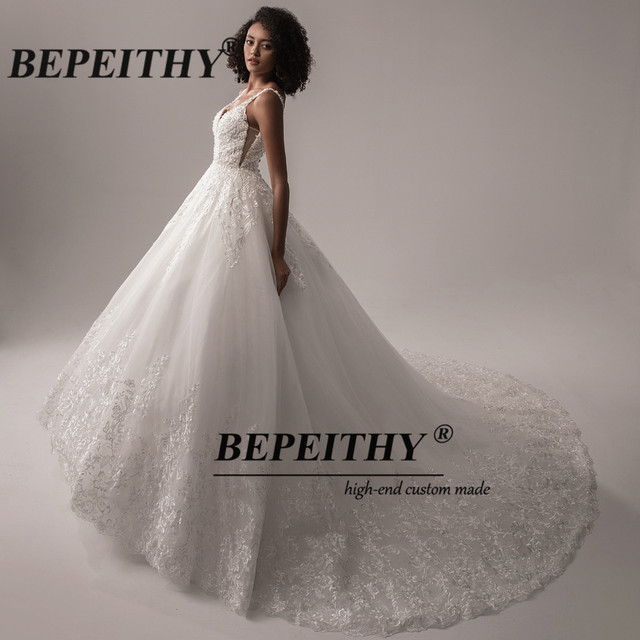 BEPEITHY Deep V Neck Lace Wedding Dress 2021 Ball Gown Bridal Court Train Sleeveless Women Indian Ivory Wedding Bouquet Gown New 5
