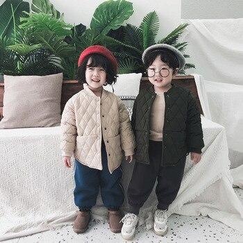Abrigo de invierno para niños, recién llegado, algodón de estilo coreano, chaqueta gruesa y cálida para todos los partidos, para niñas y niños a la moda