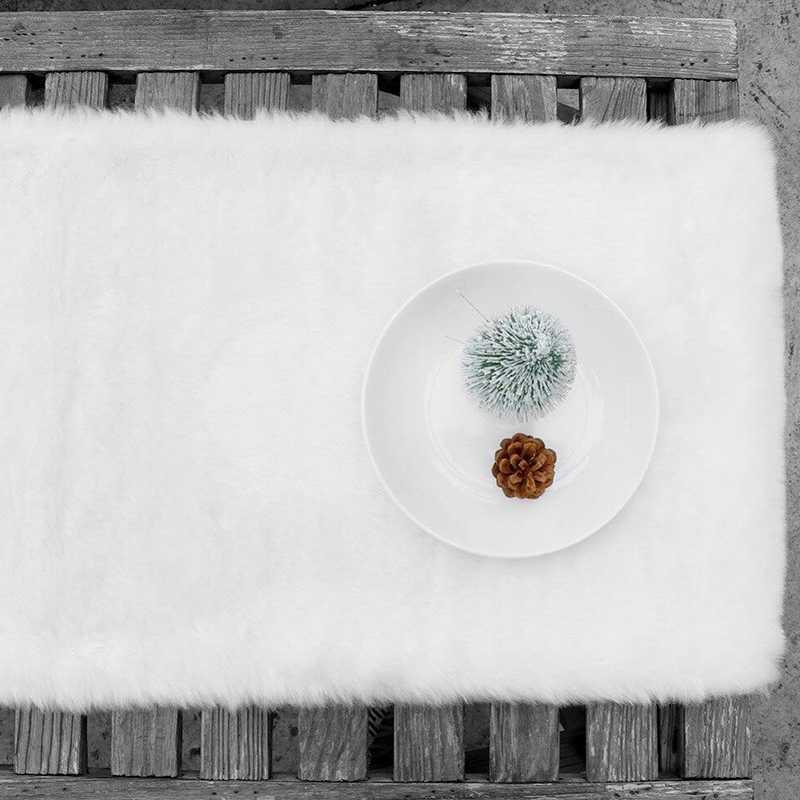 Hot Koop Kerst Tafelloper 15X72 Inch Faux Fur White Pluche Kerst Tafelkleed Eettafel Cover Decoratie (wit)