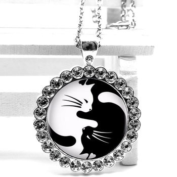 2020 New Fashion Yin and Yang Tai Chi Cat Crystal Pendant Glass Convex Round Necklace Men and Women Necklace Birthday Gift image