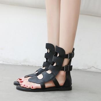 Women Gladiator Sandals Flat Heels Black Leather Rome Thong Sandals Comfort Ankle Buckle Flip Flops Summer Ladies Sandals Flat