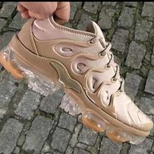 Único sapatos outono/inverno novo estilo sapatos casuais das mulheres respirável rendas amortecido tênis de corrida personalidade confortável quente