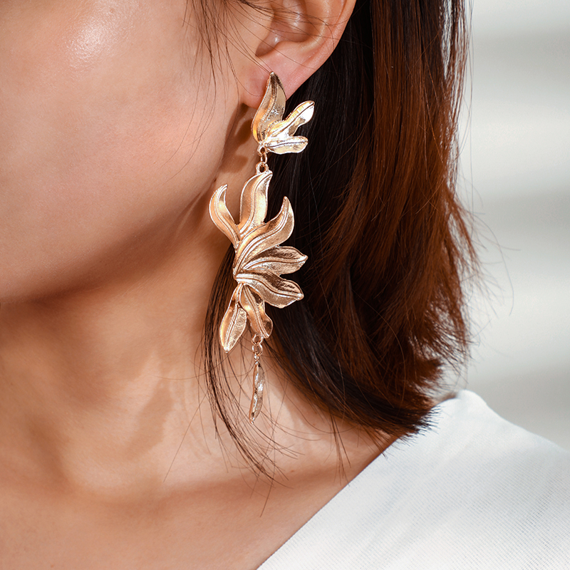 H6ff45a4099114e988c7cb65603ca3745E - Tocona Vintage Metal Flowers Dangle Earrings for Women Bohemian Fringed Drop Earring Gold Women Fashion Jewellery 9127