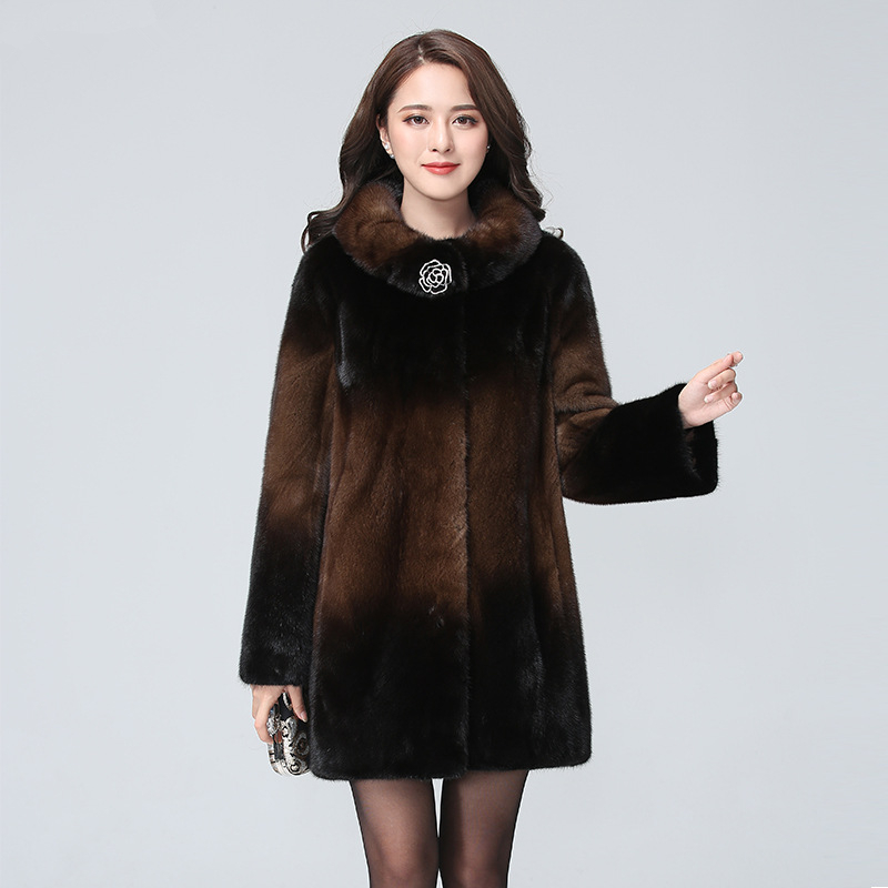 Women New Fashion Winter Stand Collar Thicken Warm Single-breasted High Quality Female Pockets Big Size Mink Fur Fur Coat CY551
