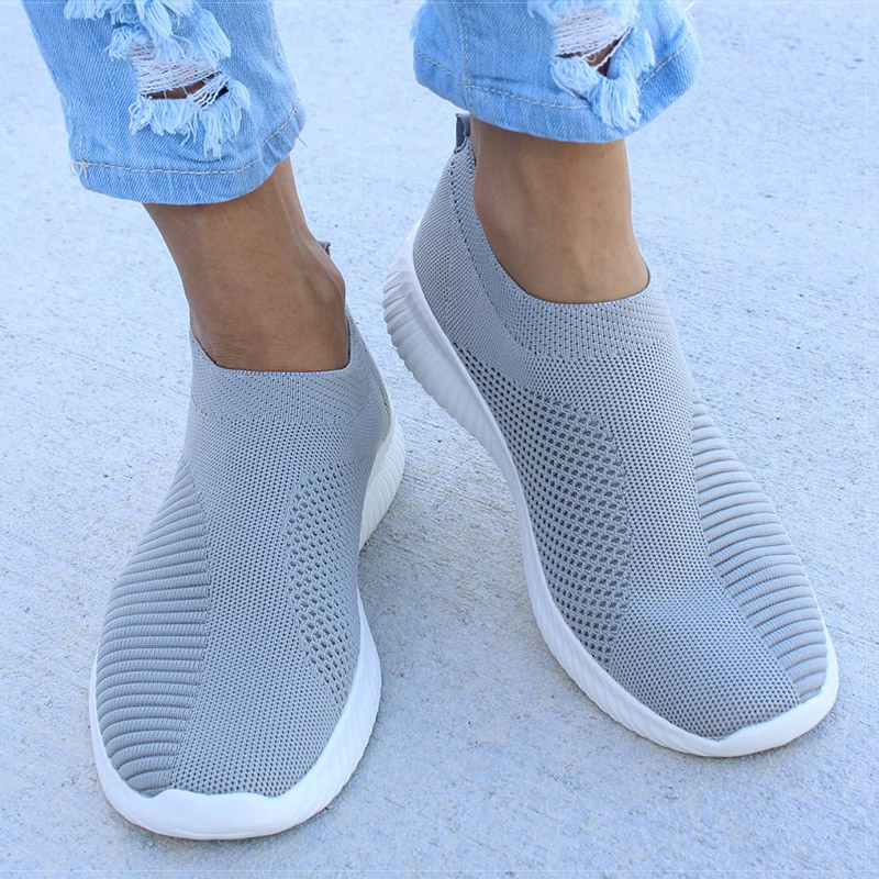 2020 Women Flat Slip On Espadrilles Shoes Light White Sneakers Summer Autumn Loafers Chaussures Femme Basket Flats Walking Shoes
