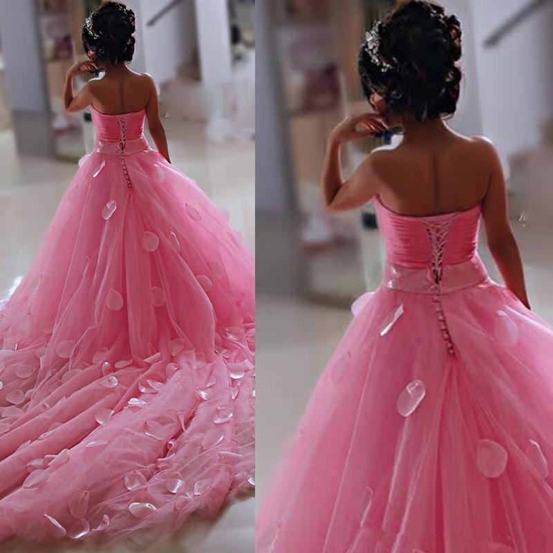 Lovely Pink Little Flower Girls Dresses Lace 3D Hand Made Flowers Sleeveless Chapel Train With Big Bowk Peagent Dresses