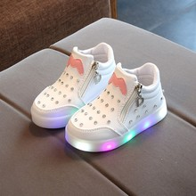Fashion Baby Girls Luminous Sports Shoes LED Sneakers Children Cartoon Non-slip Kids Casual Shiny diamond