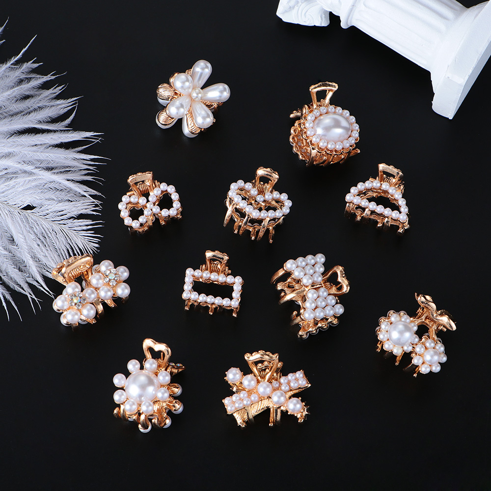 1Pc Lovely Mini Pearl Hair Claw Clips For Women Girls Rhinestone Flower Crab Claw Clip Ladies Barrettes Hairpin Hair Accessories
