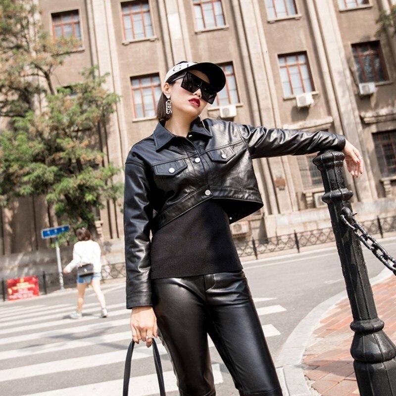 2020 High Street Spring Womens Slim Fit Genuine Leather Jacket Cropped Top Short Moto Biker Leather Jacket Women Sheepskin Coat