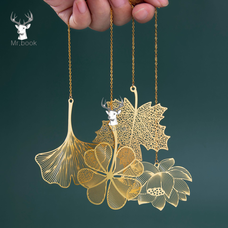 Vintage Chinese Style Bookmark Metal Hollow Maple Leaf Tassel Apricot Leaf Decor Book Note Decoration Stationery School Gifts