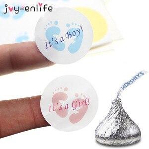 100 sztuk to chłopiec/to dziewczyna okrągła naklejka etykiety płeć ujawnić naklejki noworodka prysznic upominkowe pudełeczko na cukierki prezent