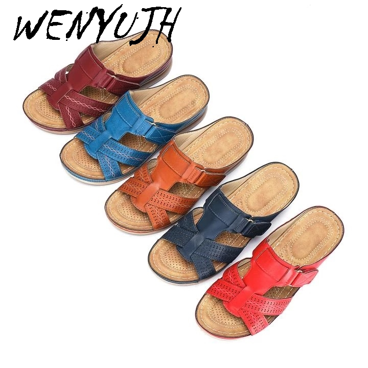 Dropship Women Summer Open Toe Comfy Sandals Super Soft Premium Orthopedic Low Heels Walking Sandals Corrector Cusion