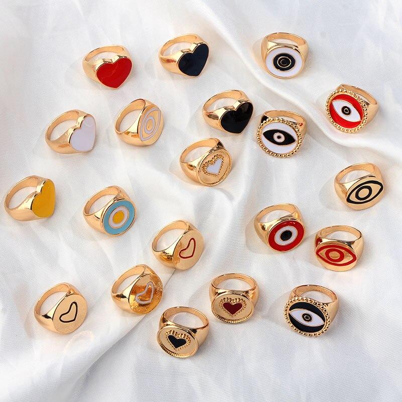 JUST FEEL 2019 New Minimalist Lovely Heart Hollow Evil Eye Rings For Women Lady's Gold Silver Color Heart Evil Eye Finger Ring