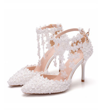 Ladies white lace flowers fringed wedding shoes bridal shoes thin heel pointed wedding shoes female sandals high-heeled shoes wedding shoes white diamond crystal pearl high heel waterproof table adult shoes wedding shoes bridal shoes