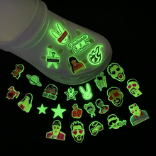 1pcs Glow in The Dark Croc Charms PVC Noctilucence Accessories Decoration Bad Bunny for Clog JIBZ Button Charm