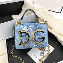 2020 novo padrão de cobra popular bolsa de moda europeia e americana pequeno quadrado saco carta versátil ombro saco do mensageiro