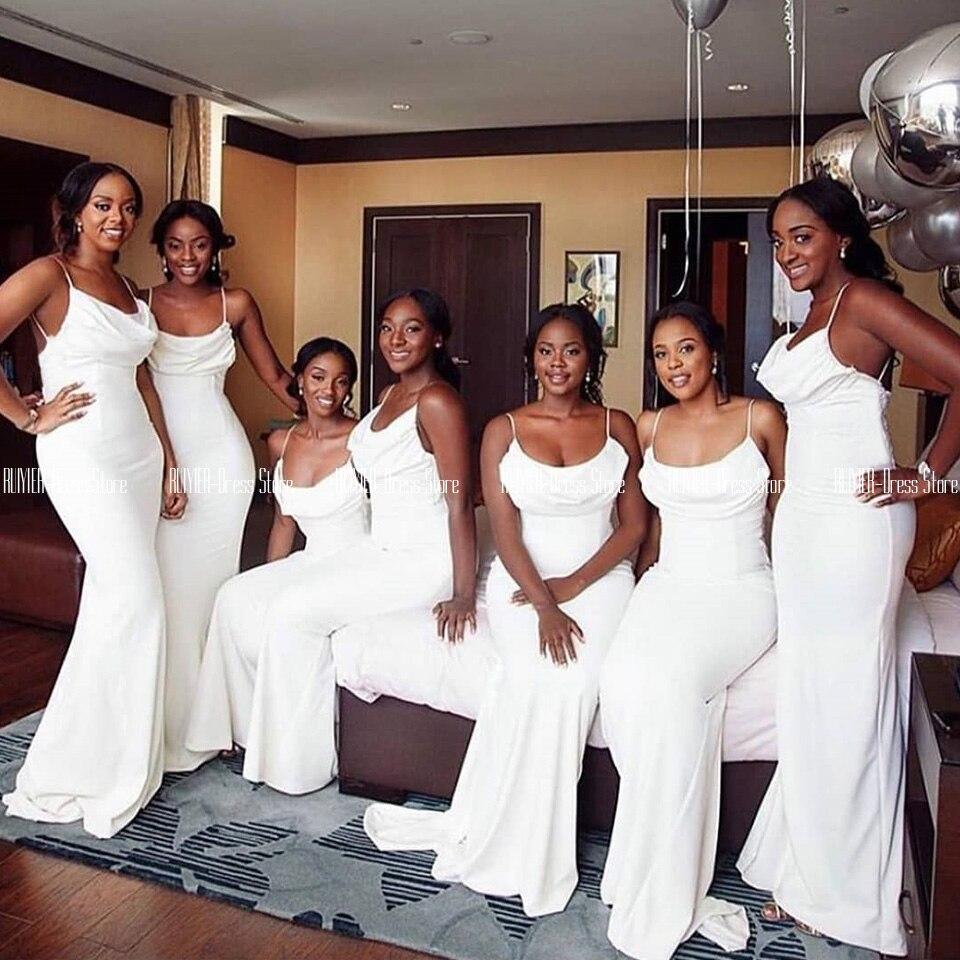 Белые атласные платья свидетельницы для черных девушек, на тонких бретельках, платья футляры для свадебной вечеринки, длинное платье на мол
