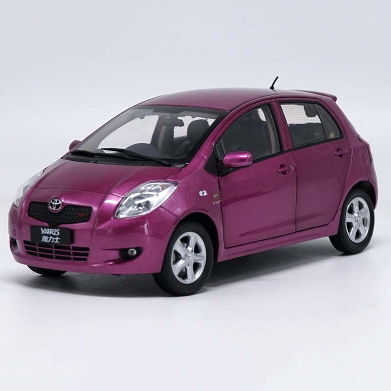 1:18 Scale high simulation car six-door can open TOYOTA YARIS metal alloy car model die-cast toy vehicle children birthday gift