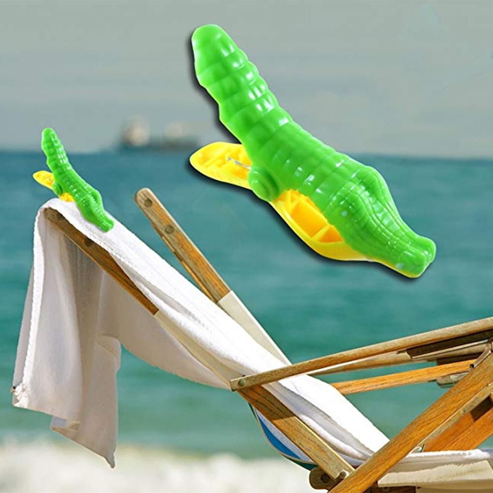 2PCS Beach Towel Clip, Simulation Fish Cartoon Plastic Thickening Towel Clip Strong Windproof Bath Towel Clip Clothes Peg