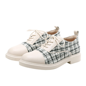 Spring new flat shoes big size