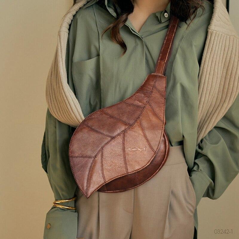 Cow Genuine Leather Sling Chest Bag Vintage Women Crossbody Shoulder Leaf Bags Retro New Designer 2021 Female Travel Bags