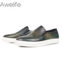 New Flats Shoes For Men Casual Patina Leather Sneakers Luxury Engraving Mans Sports Footwear Bespoke Shoes Zapato Hombre