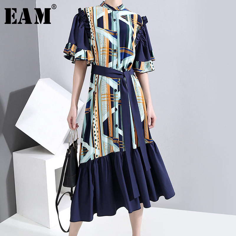 [EAM] Women Blue Pattern Printed Split Joint Dress New Stand Collar Short Sleeve Loose Fit FashionTide Spring Summer 2020 1U518