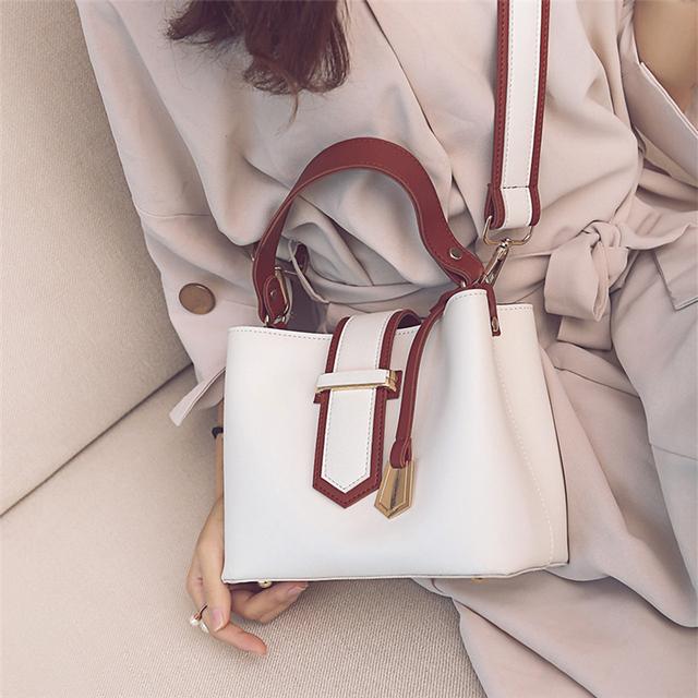 Bag women's 2020 new south Korean version of fashion women's bag color contrast hand carrying bucket bag commuter shoulder bag