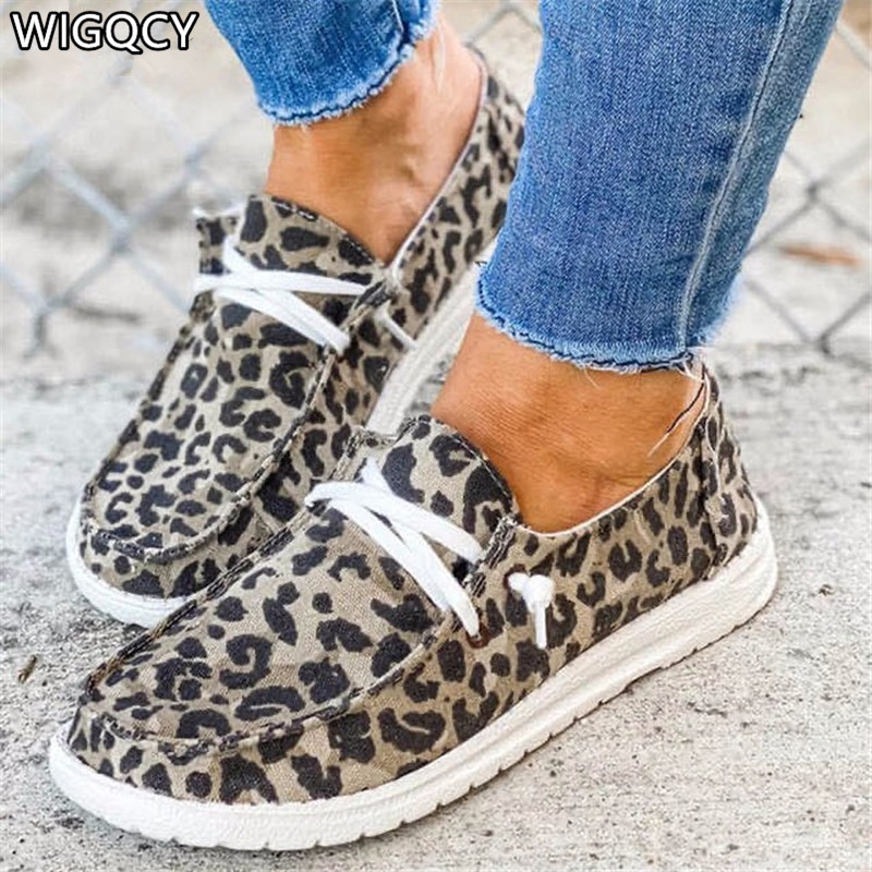 New 2020 Autumn Women Shoes Flat Shoes Lace Up lightweight Women's Casual Shoes Fashion Large Size Leopard Print Loafers D1140