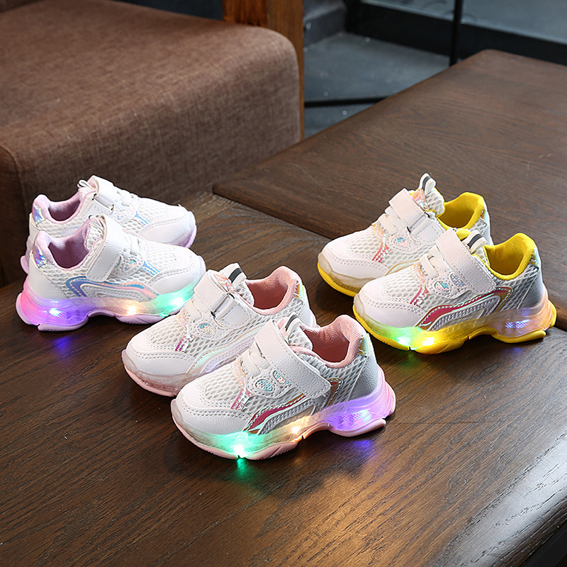 2020 Autumn Children's Glowing Sneakers Children's Shoes Girls Soft Bottom Boys Breathable Children's Sneakers