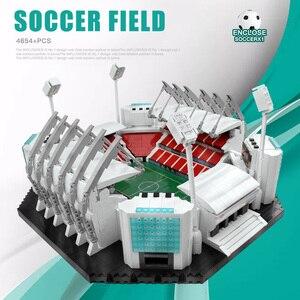 Image 4 - 4654Pcs Bouwstenen Creatief Speelgoed Oude Traffords Manchesters Voetbal Veld Model Bakstenen Kinderen Educatief Speelgoed Verjaardagscadeautjes