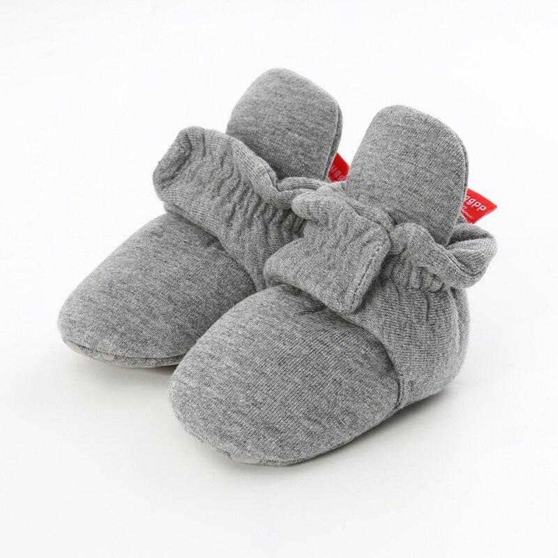 Для малышей; сезон осень-зима; обувь для первых шагов; повседневная обувь на мягкой подошве; очень теплая нескользящая обувь для малышей