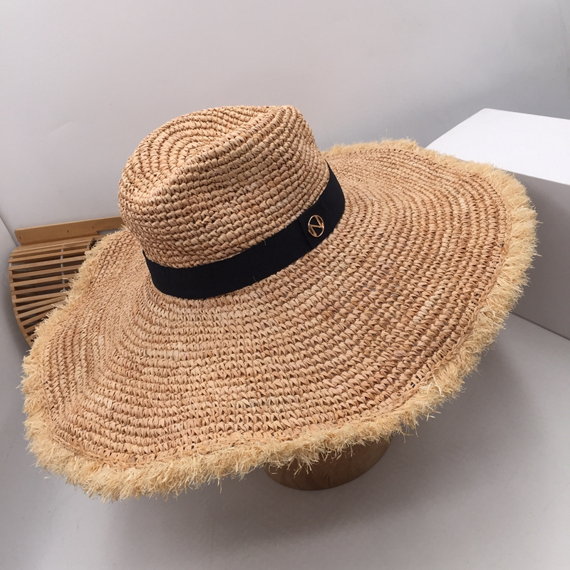 Web celebrity with big lafite grass eaves the stylish sunshade hat the female sea beach resort is prevented bask in straw hat fo