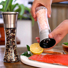 2Pcs/Set Salt and Pepper Grinder Set   Stainless Steel Pepper Mill and With Glass Body with Adjustable Ceramic Grinder