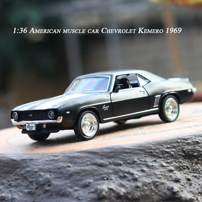 1:36 Classic American Muscle Car Chevrolet Kemero SS 1969 Collection High-quality Emulation Alloy Pull Back Car Model image
