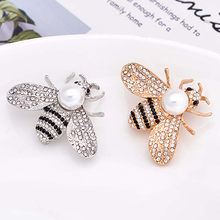 Bohemia New Tendency Fashion Imitation Pearls Bee Brooch Fashion Delicate Little Bee Brooches Crystal Pin Brooch Love Gifts(China)