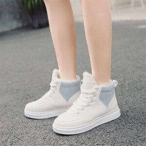 Image 2 - JIANBUDAN femmes décontracté hiver imperméable coton chaussures en peluche chaud plat bottes de neige mode fille blanc hiver coton bottes 35 40