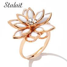 Золотое зимнее женское кольцо в виде цветка камелии многослойное