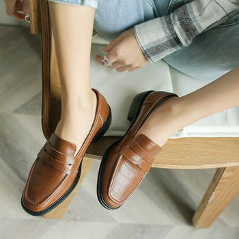 INS HOT women Pumps Genuine Leather 22-24.5cm First layer cowhide embossed stone pattern neutral retro wild  women shoes