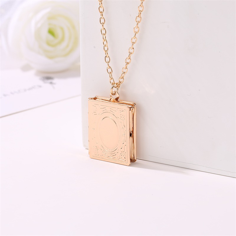 ZYZQ Classic Fashion Euro Style Necklaces Creative Magic Book Frame Design Muslim Accessories Jewelry Chain NEecklace Wholesale