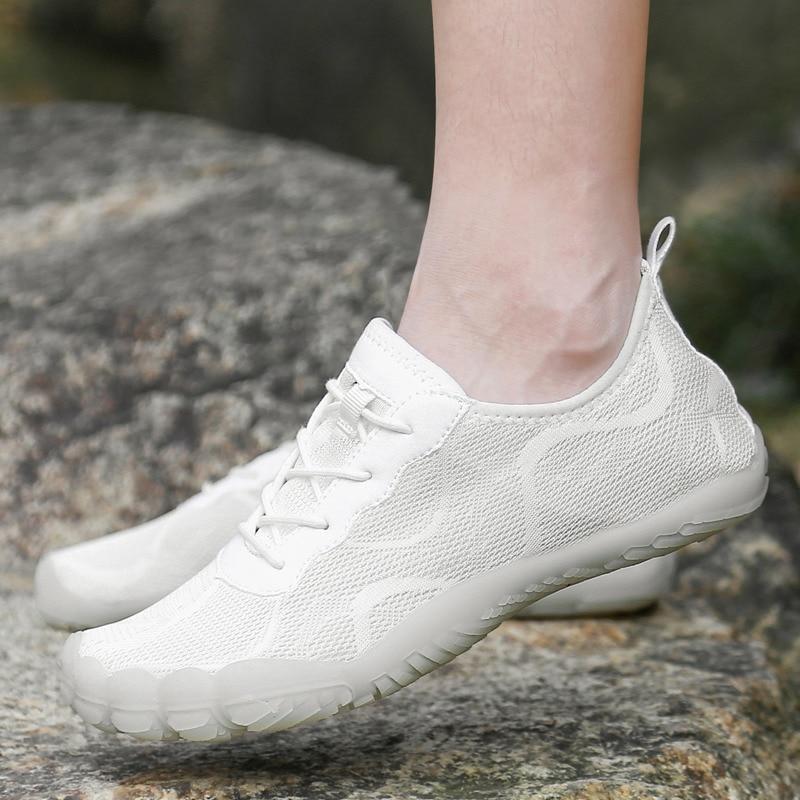 Летние Аква кроссовки для мужчин и женщин, Обувь с дышащей сеткой Спорт на открытом воздухе обувь женщина босиком сандалии с кристаллами; Об...
