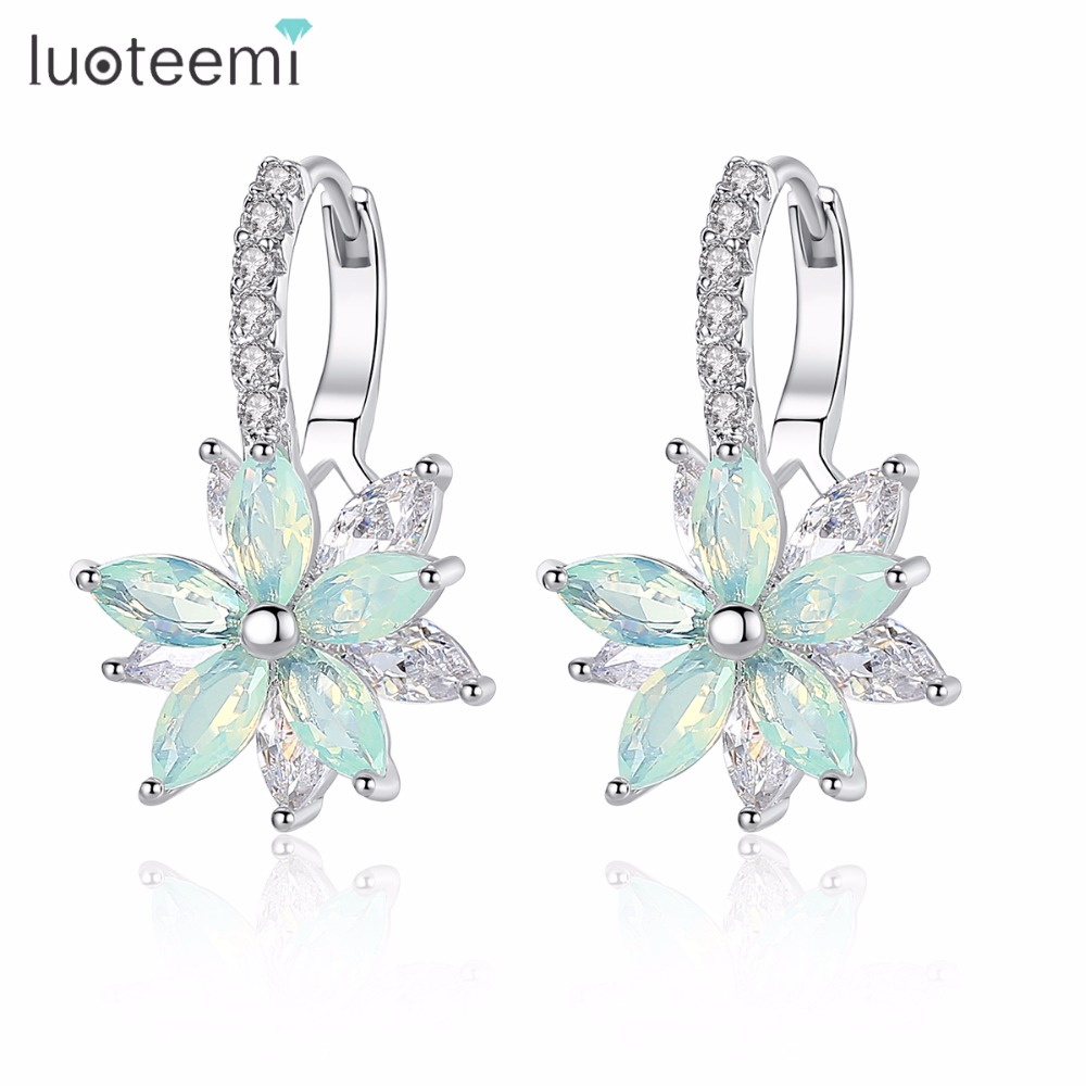 LUOTEEMI Cute Romantic Lovely Clear Stone Flower Shape Convenient Simple Stud Earrings Copper Cubic Zirconia For Women Party(China)