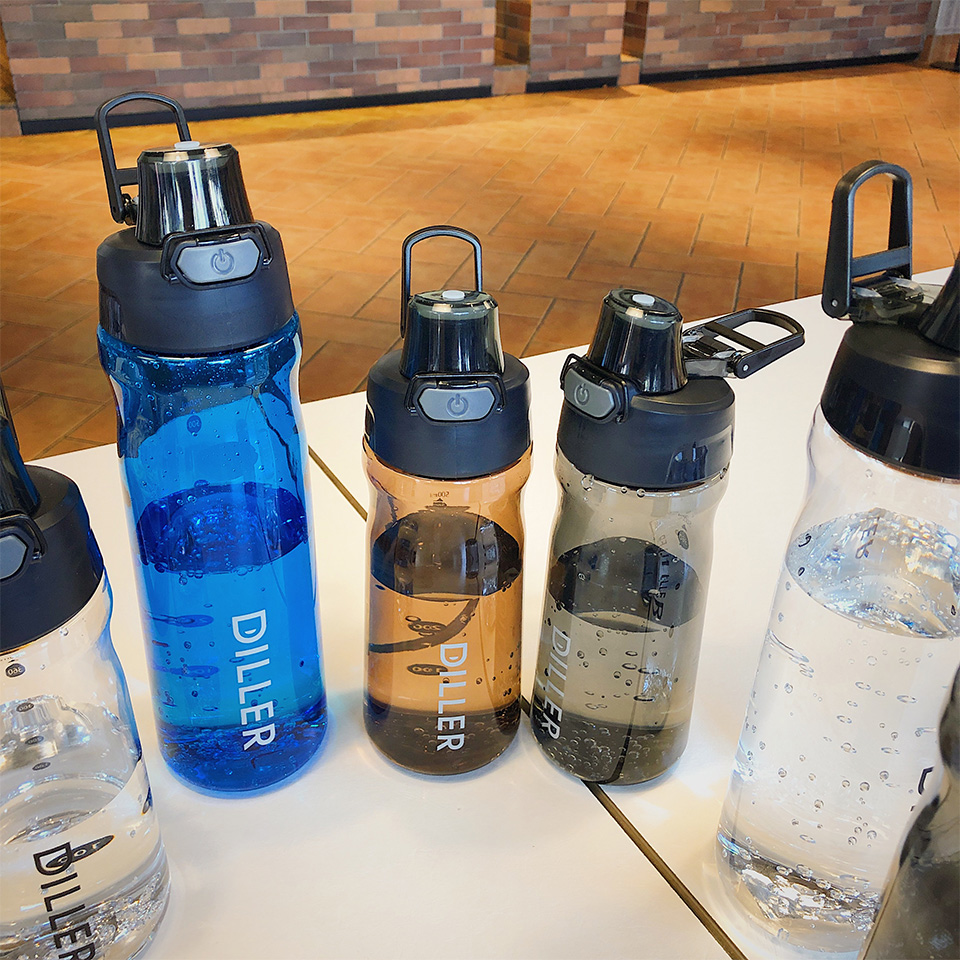 H70fd613c17754b8e9d90f568b30cc93fB DILLER Water Bottle Popular Gray Men Outdoor Sport Travel My Drink Bottle Portable Leakproof Plastic Milk fruit gym Bottles